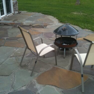 NY Bluestone Full Color Flagstone 1.5″ Thickness