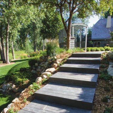 Rochester Barn Plank Step