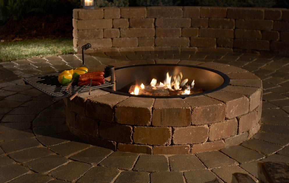 Firepit with cooking grate